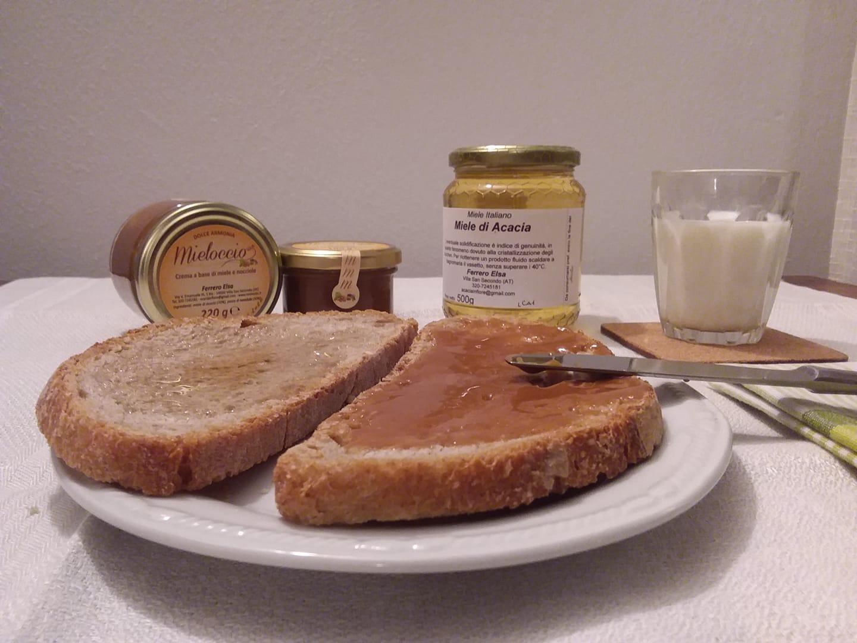 il miele e mieloccio per la prima colazione